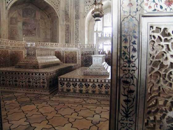 taj: Shah Jahan, Mumtaz Mahal, Inside Taj Mahal, Mahal Cenotaph, Empty Tomb, Beautiful Artworks, Mahal Interiors, Taj Mahal Inside, Beautiful Structure