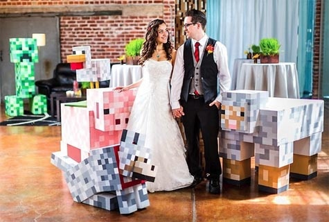 Minecraft Game Wedding Theme - have a game theme for wedding doesn`t mean it must on cosplay