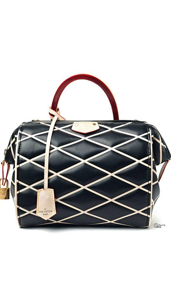 Louis Vuitton #moda #fashion #bolsos #bags #cuero #leather #zapatos #shoes…