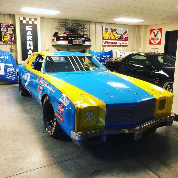 Pin De Gil Arellano En NASCAR