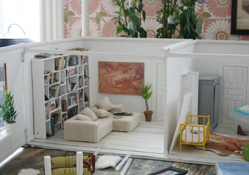 Love this modern look of dollhouse.