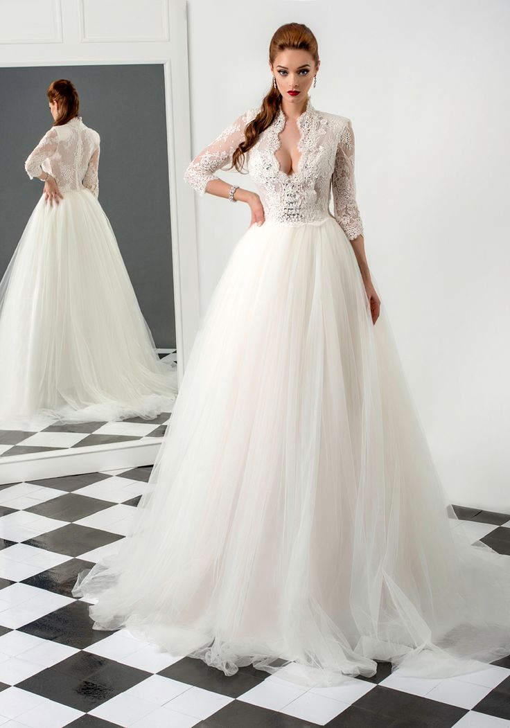 Rebecca wedding dress, Bien Savvy 2015 collection   Ask for more details at client@biensavvy.eu