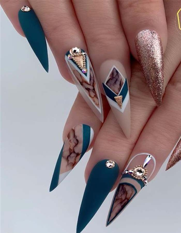 Trend Stiletto Nails im Jahr 2019 – Nägel / Nails