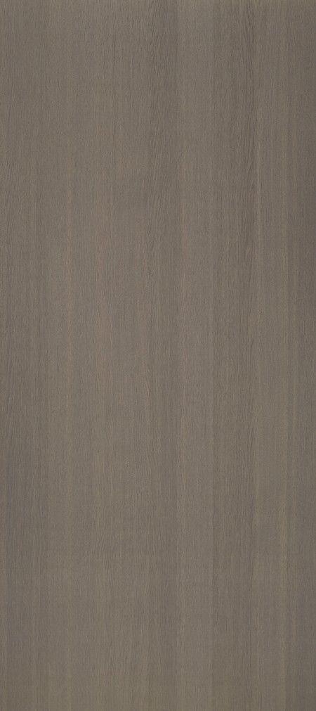 Shinnoki is een uniek fineerproduct. Het is een combinatie van fineer met het gemak van een melamine plaat. De toplaag is gemaakt van fineerhout, dit wordt afgemaakt met een kern van MDF en een tegenfineer op de achterzijde voor de stabiliteit van de plaat. Net als een melamine plaat wordt deze kant-en-klaar geleverd. De Shinnoki panelen kunnen dus meteen worden toegepast zonder verdere verwerking. Deze variant, genaamd Mystery Oak, is bij Stabilo Interieurbouw verkrijgbaar voor uw…