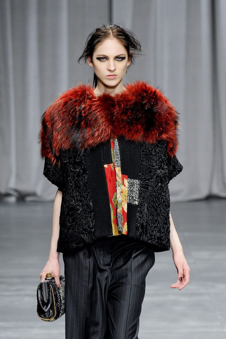129 photos of Antonio Marras at Milan Fashion Week Fall 2012.