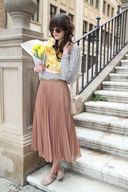 striped tee + pleat skirt