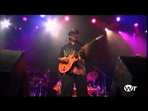 "Carlos Santana live - New song 2012 ""Shape Shifter"""