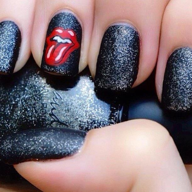 rock nails                                                                                                                                                     Más