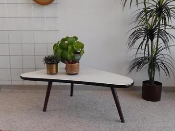 Vintage bijzettafel retro salontafel driepoot tafeltje jr 60