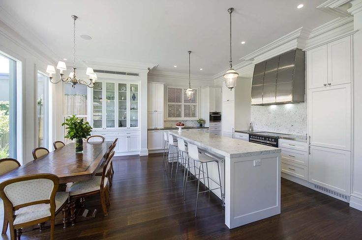Kitchens - Sherbrooke Design and Construction