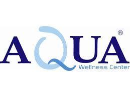 Aqua es el nombre de un gimnasio. Toman el nombre Agua en latín para relacionarlo con su servicio de Spa.