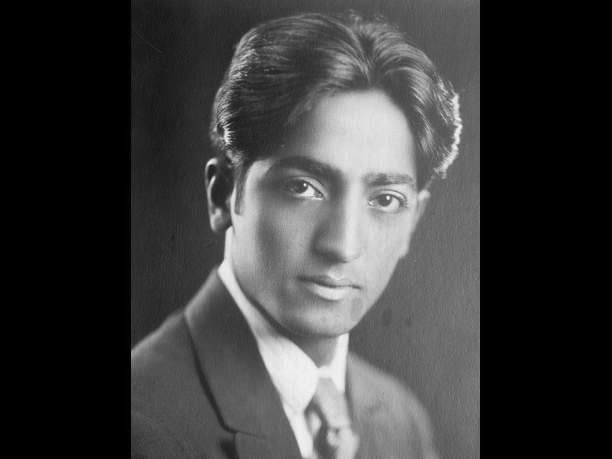 eniaftos: Jiddu Krishnamurti: Thought is the response of memory