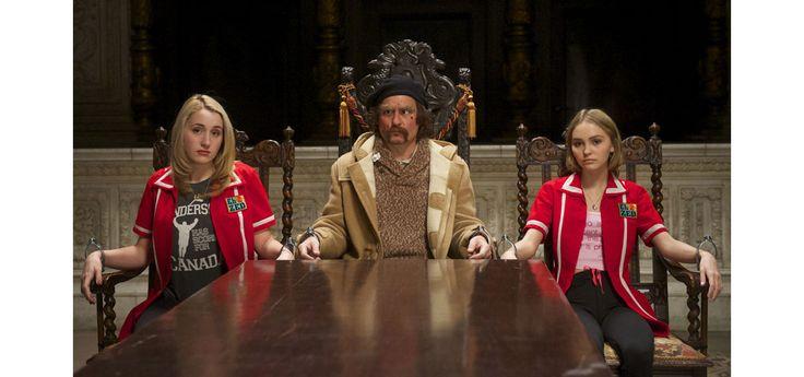 Johnny Depp, Vanessa Paradis et Lily-Rose Depp réunis dans le nouveau trailer de 'Yoga Hosers'