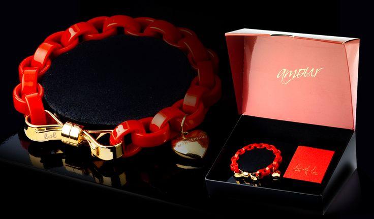 Lol Jewels dedica la sua nuova creazione all'amore: Lol Amour! Regala il cofanetto con biglietto dedica ad una persona speciale...