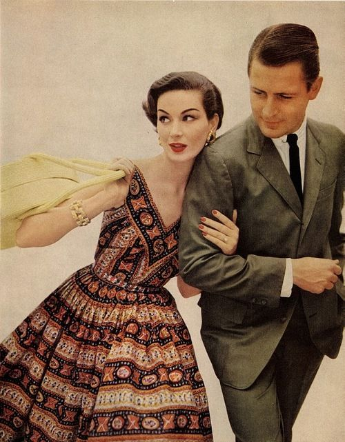 The '50s: Men wore suits to work. Women wore skirts or dresses. NEVER bare legged - always nylons and heels. (Pantyhose were not invented until the mid 1960s)