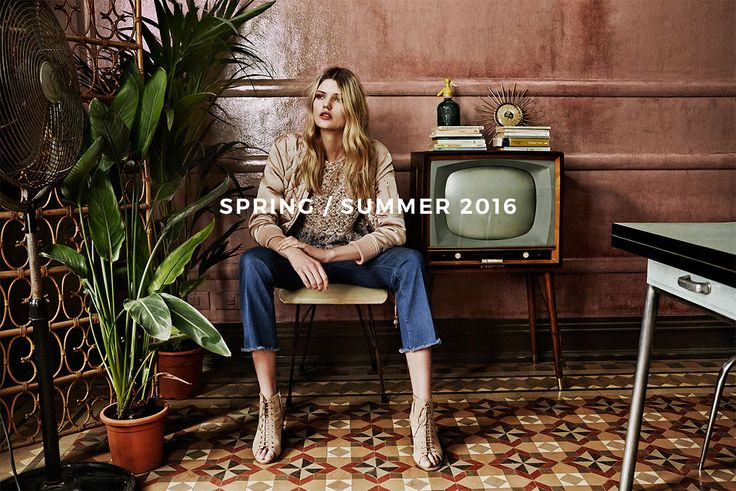 Enjoy the new @Stradivarius Spring Collection🍍