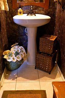 Ways to organize the bath. Little powder room. Storage ideas.