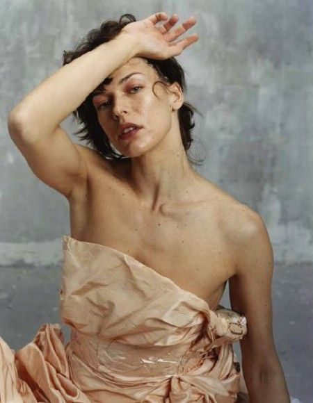 Milla Jovowich photo: Bettina Rheims