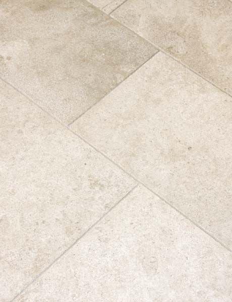 Dalle de France Limestone. Exquisite surfaces.