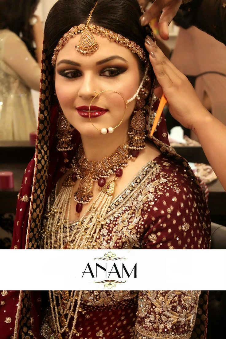 Traditional Wedding Makeup Pictures : Top 25 ideas about Pure traditional bridal makeup on ...