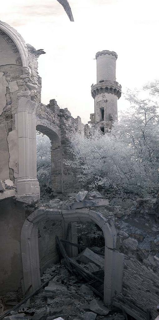 Empty Spaces| Abandoned| Decay| Chateau de Bagnac - Derelict Places