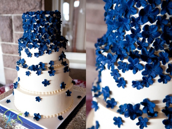 The most beautiful wedding cakes: Wedding cakes with navy blue