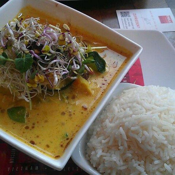 Ostrich Curry