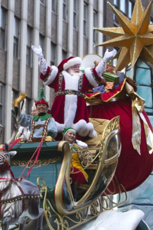 1000 images about holidays christmas santa claus on for Christmas day in new york