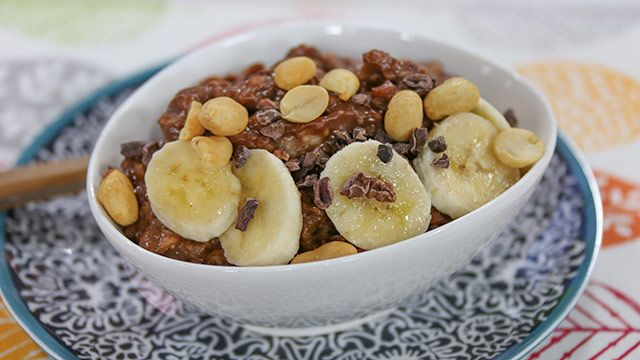 RECIPE: Chocolate Peanut Butter and Banana Bowl #Recipe #EatClean
