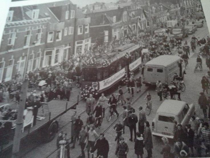 Rotterdam - Opening verlenging van lijn 10 over de Kleiweg,1960