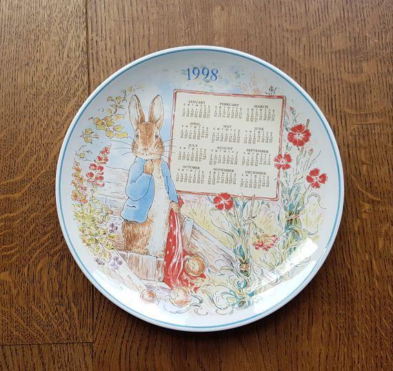 Vintage Peter Rabbit Wedgwood China Plate Birthday Calendar 1998