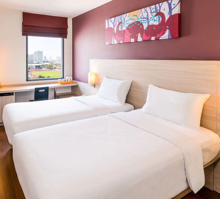 Mau berlibur ke Bangkok, Traveler? Pesan #hotel di Bangkok mulai dari Rp. 141.000/malam hanya di #NusaTrip. Cari dan pesan di http://goo.gl/JYtYSH   *harga berubah sewaktu-waktu