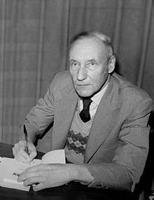 Cronenberg has stated that William S. Burroughs was one of his biggest literary influences. #CronenbergEvolution #CronenbergProject