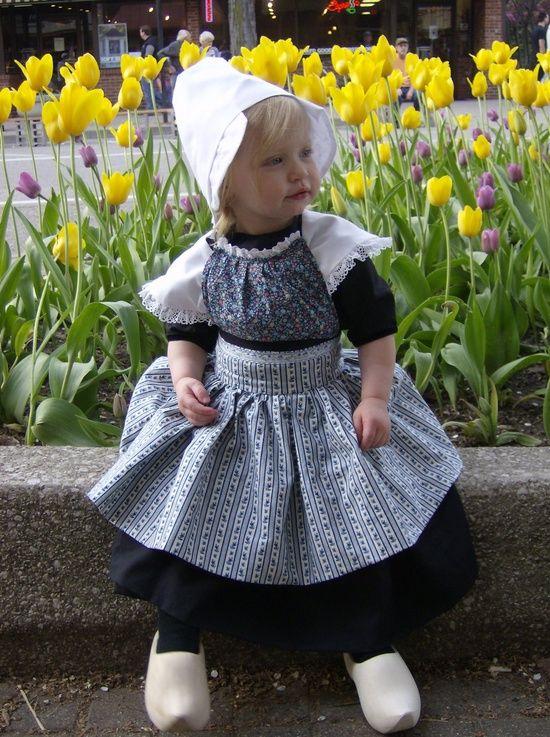 17 Best images about Folk Clothing on Pinterest ... Cutedutch Nl