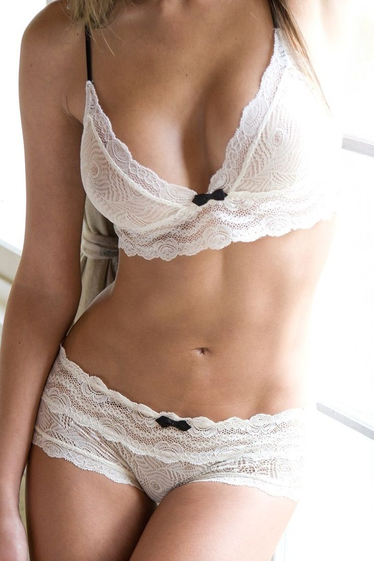 So beautiful. #sexy #lingerie #dearsweetness