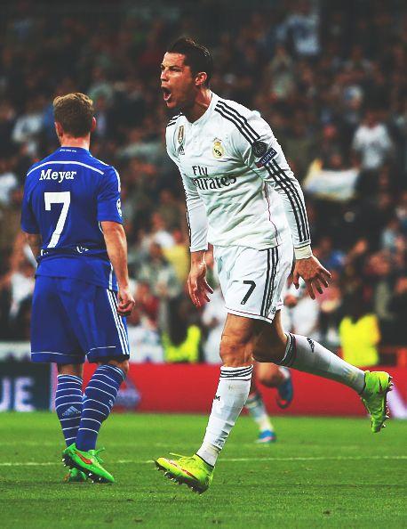 Cristiano Ronaldo CR7 celebrating - Real Madrid