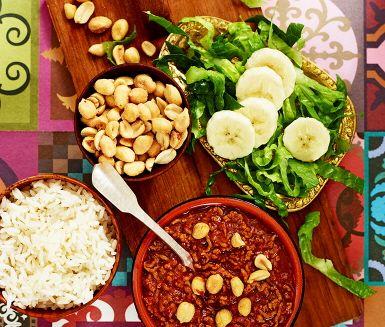 Köttfärscurry med nötter och banan