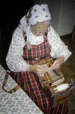 Bandstol-weaving from Hallingdal, Norway.