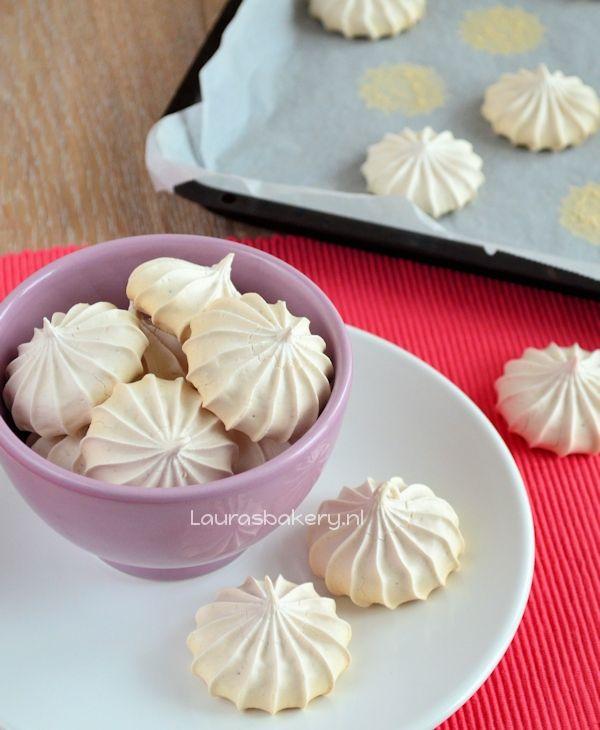 raspberry meringues made with egg white powder