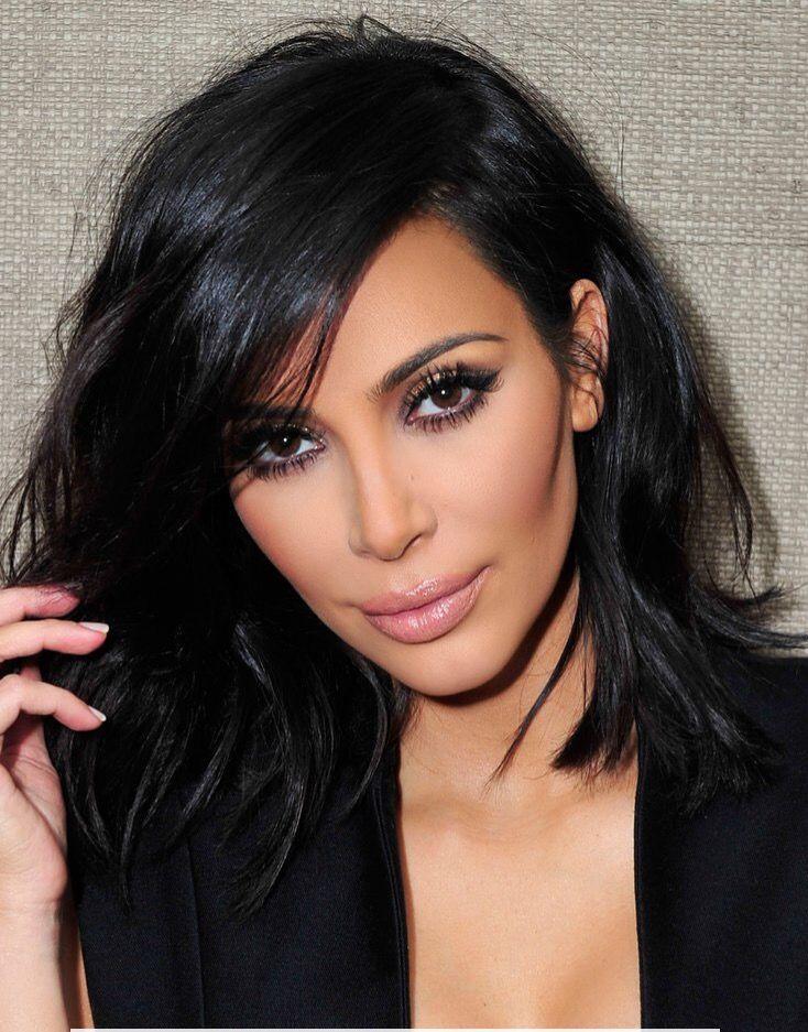 Kim Kardashian, makeup, brown eyes.