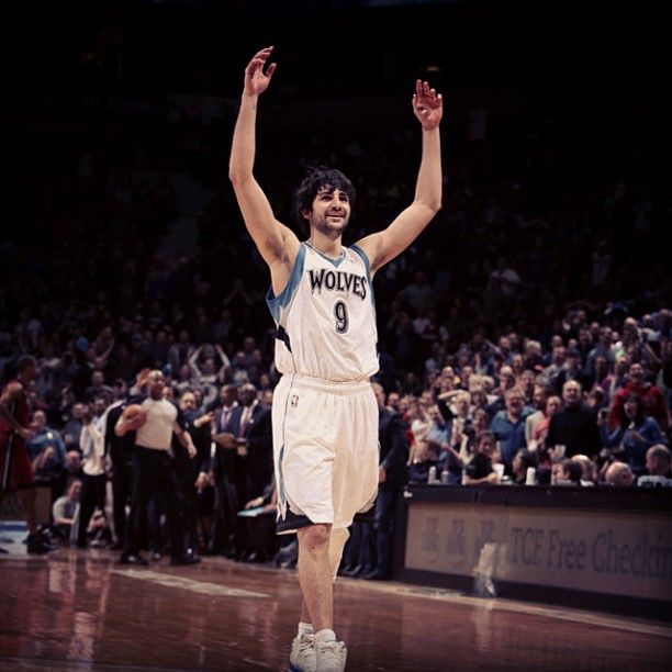 Rubio celebrates the #Twolves #EndTheShake video from Miami Heat game. Photo by mntimberwolves.