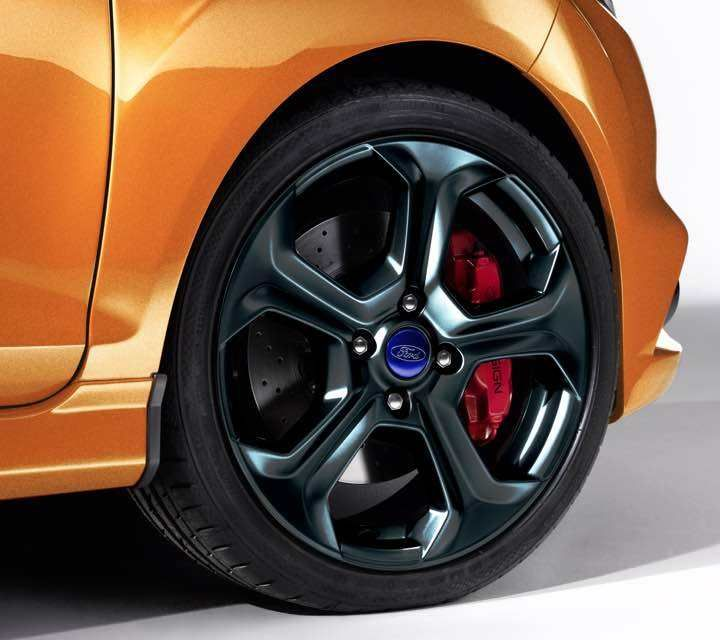 17 Inch Wheels Ford Fiesta Ford Fiesta St Ford Models