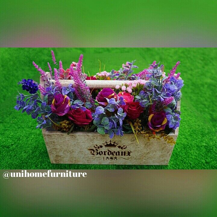 SALE. Flower pot / Toolbox 30cm. Good quality material. Sale from IDR580,000 to IDR430,000.  CODE : WB-30 READY STOCK