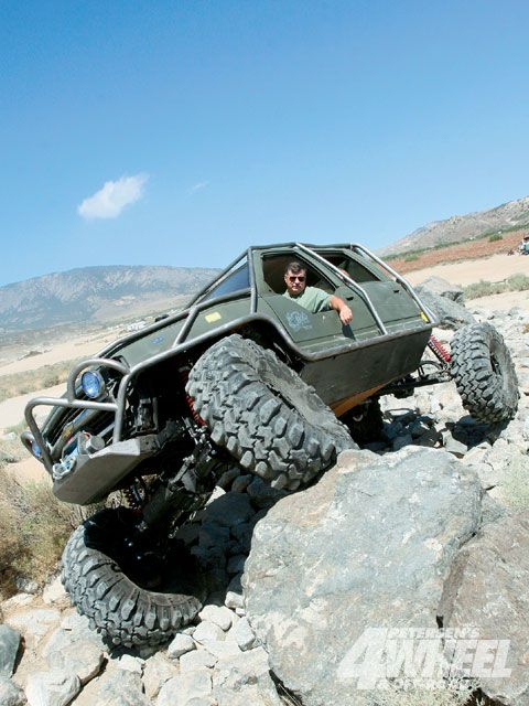 """-> http://rockwellrebuildmanual.com <- This was the rig that inspired """"Squatch""""   This rig is a unimog axled full-size crewcab.  Rock crawlers"""