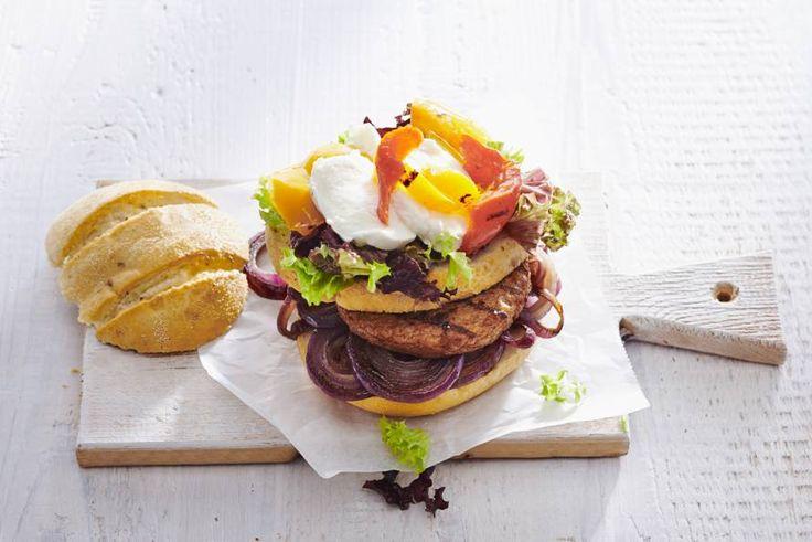 Goedgevulde hamburger voor als je geen vlees eet - Recept - Allerhande