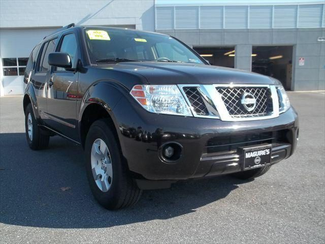 2011 #Nissan #Pathfinder, 24,251 miles, listed on CarFlippa.com for $21,996 under used cars.