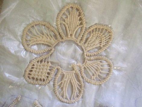Kitöltő minták Beától - Itt láthatóak az általam horgolt és varrt csipkék és egyebek