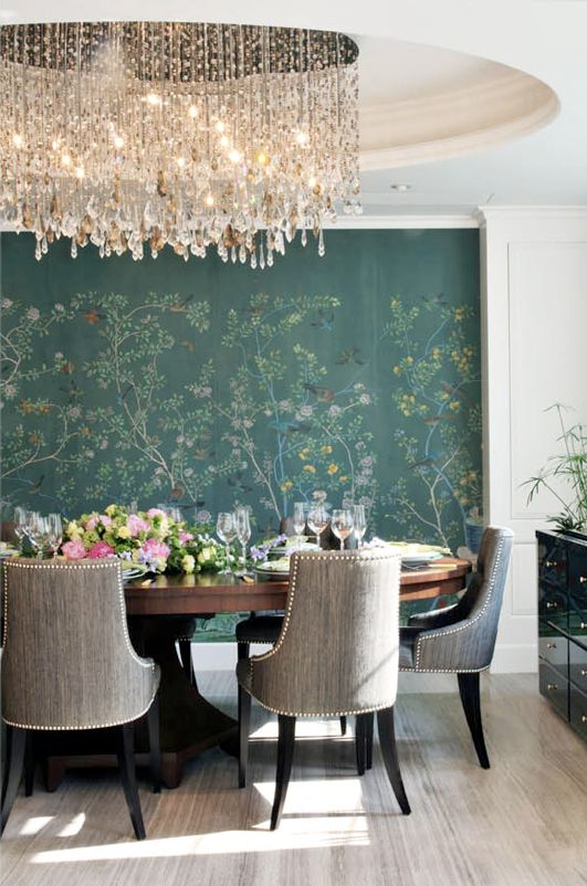 Round dining table + de Gournay accent wall  Unusual combination, but still light.  I really like it !