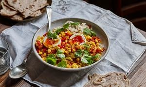 Late summer sweetcorn and tomato curry