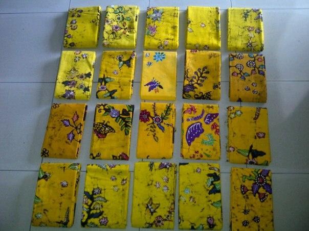 kain batik tulis kuning Id20346